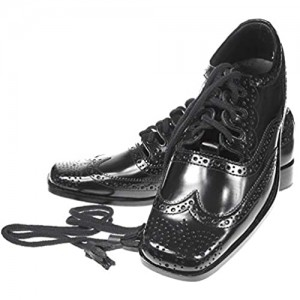 Leather Ghillie Brogue Kilt Shoes Traditional Scottish Piper and Highland Outfit Wedding Shoes Featuring Extra Long Laces & Leather Tassels - Sizes 7 – 15 Style - Square Toe Fashion Color - Black